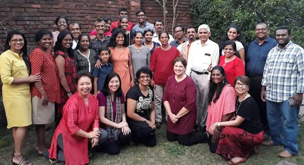 Sri-Lanka-with-alumni
